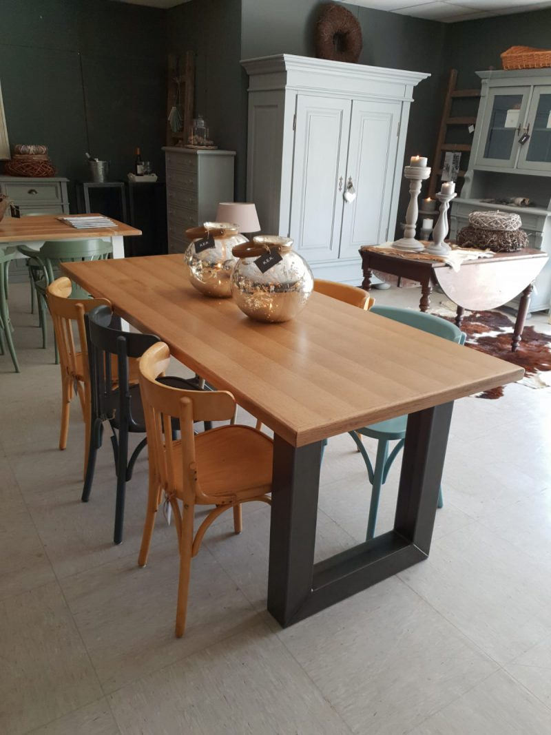 Industriële tafel Bordeaux