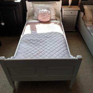 Bed Emma