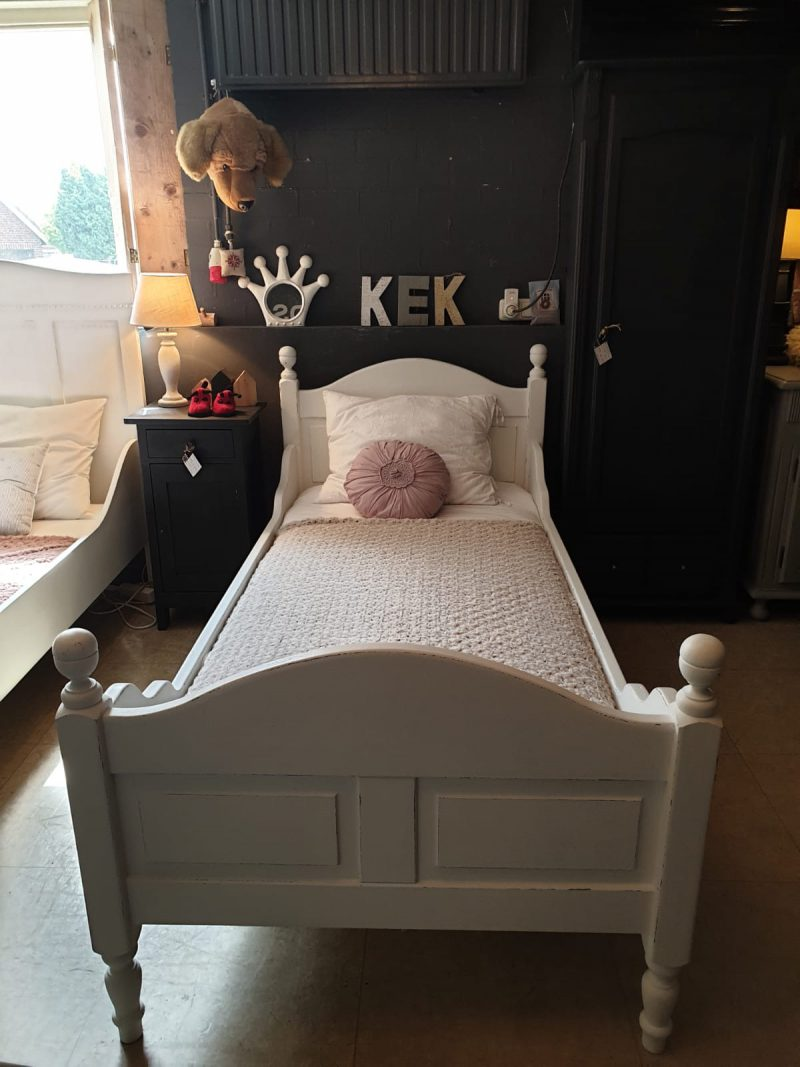 Brocante bed Lieve