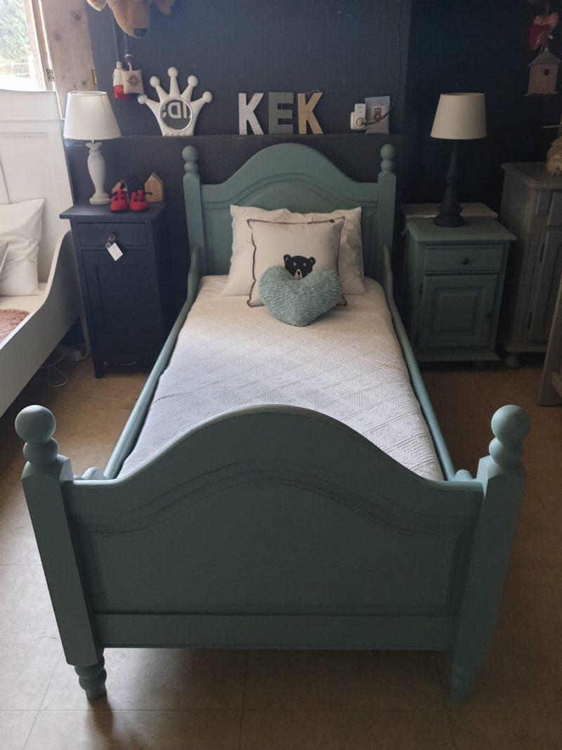 Brocante bed Juul