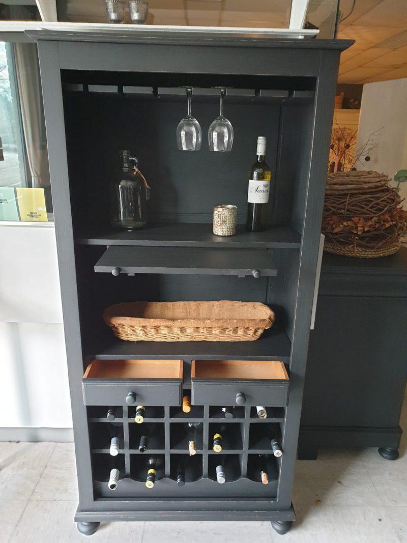 Brocante wijnkast Vino