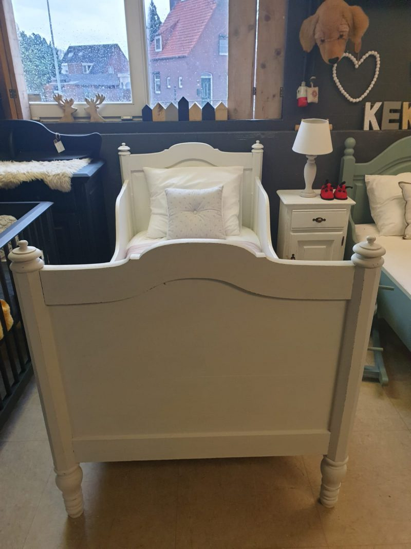 Brocante bed Lyna