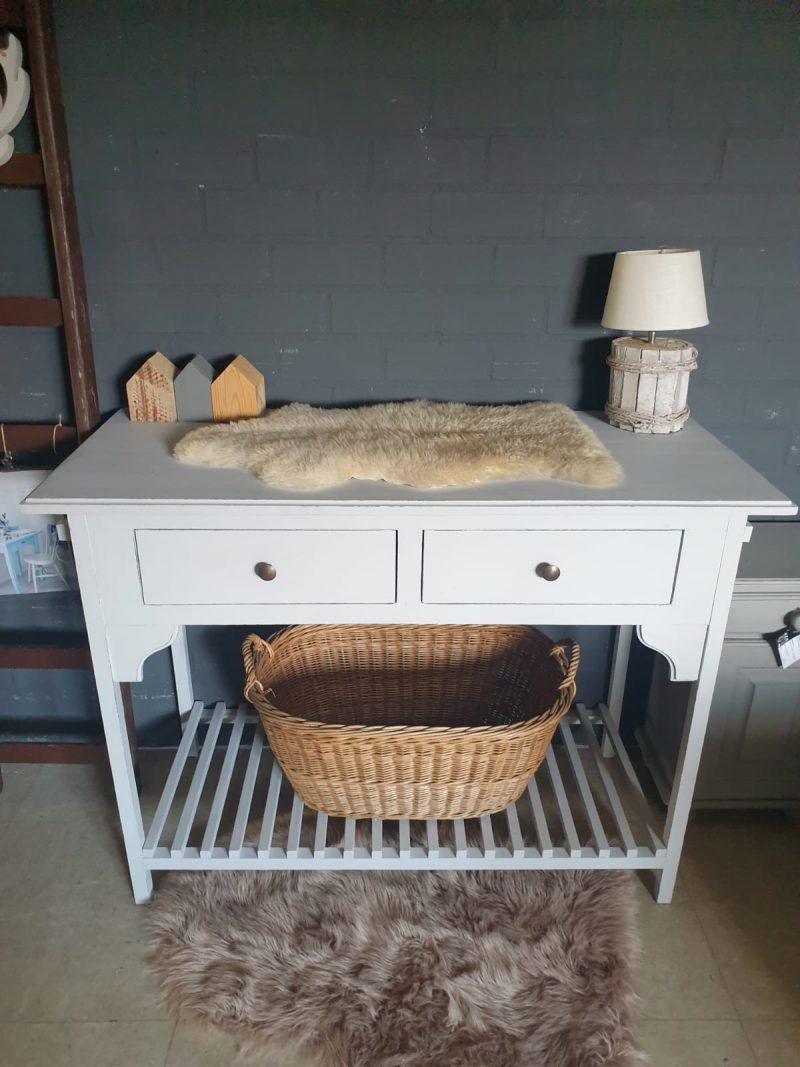 Brocante commode Mees