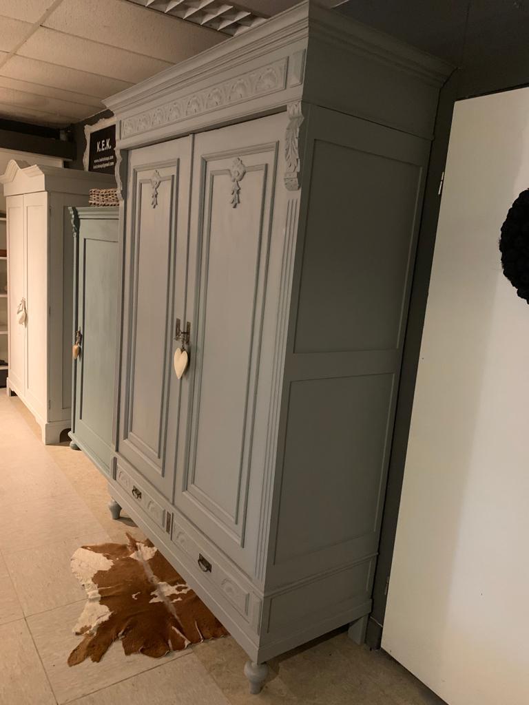 Brocante demontabele kast Paris